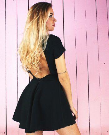 169 zl - NUNU sukienka rozkloszowana bez pleców na studniówkę