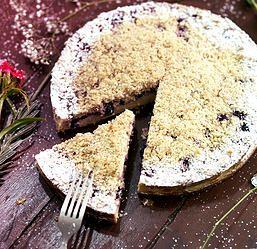 Kuchen de arándanos violeta patisserie