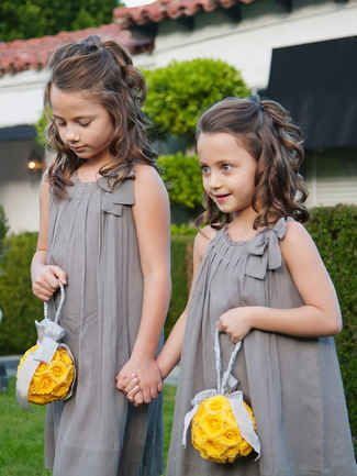 Easy curly hairstyle for flower girls