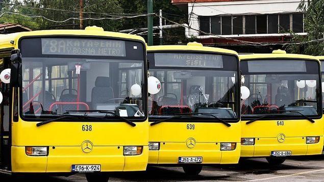 Turki Sumbangkan 45 Bus 20 Trem Untuk Transportasi Kota Sarajevo Bosnia  [portalpiyungan.com]SARAJEVO - Lima belas bus dari Turki tiba di ibukotaBosniaSarajevo minggu ini yang disumbangkan untuk mendukung sistem transportasi kota Sarajevo. Bus Mercedes diserahkan kepada operator angkutan umum Gras oleh Istanbul Metropolitan Kota danBadan KoordinasiKerjasama Internasional Turki (TIKA). Duta Besar Turki Cihad Erginay menghadiri upacara penyerahan pada hari Kamis (8/9) denganWalikotaSarajevo…