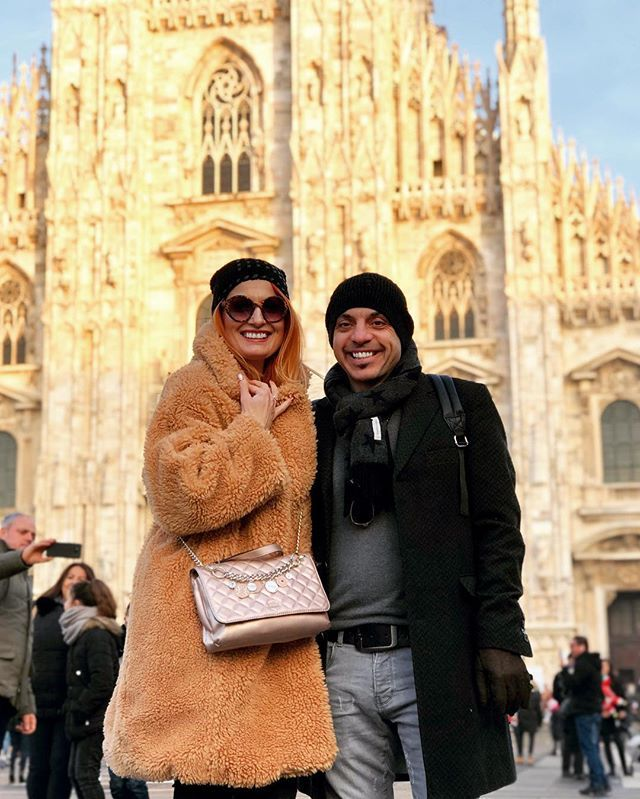 Always fun travelling together     #family #holiday #italy #milan #christmas2018 #duomo #couple #goals #happy