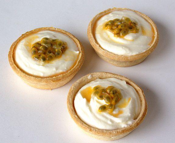 Cinco Quartos de Laranja: Tartelettes de mascarpone e maracujá em 5 minutos
