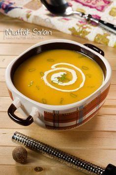 Balkabağı Çorbası nasıl yapılır ? Ayrıca size fikir verecek 14 yorum var. Tarifin püf noktaları, binlerce yemek tarifi ve daha fazlası...
