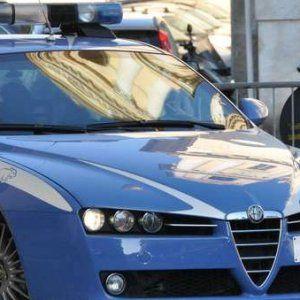 Offerte di lavoro Palermo  Maxioperazione della polizia contro il traffico in un clan formato da italiani tunisini e albanesi  #annuncio #pagato #jobs #Italia #Sicilia Una multinazionale della droga a Modica:perquisizioni e arresti
