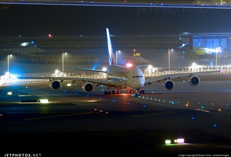 Airbus A380-861 A6-EER 139 Hong Kong-Chek Lap Kok Int'l Airport - VHHH