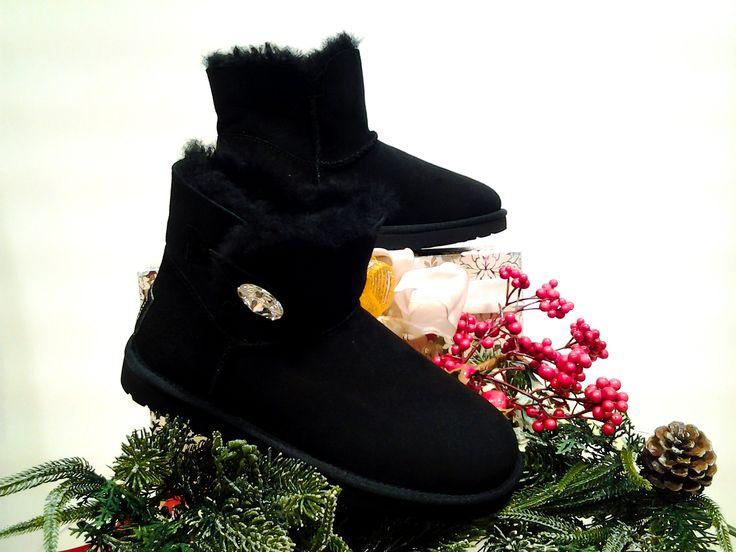 Special Christmas gift http://www.abbigliamentosanmarino.com/calzature-c-10/stivale-ugg-p-5858.html