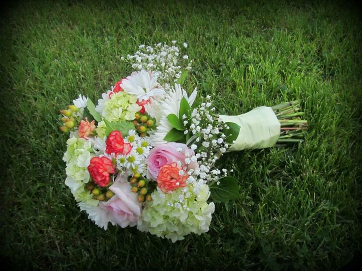 Sping Summer Bridal Bouquet Hydrangea Roses Carnations