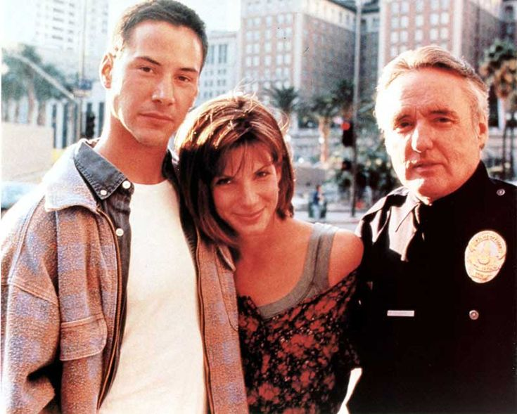 Keanu Reeves, Sandra Bullock and Dennis Hopper on the set of Speed.