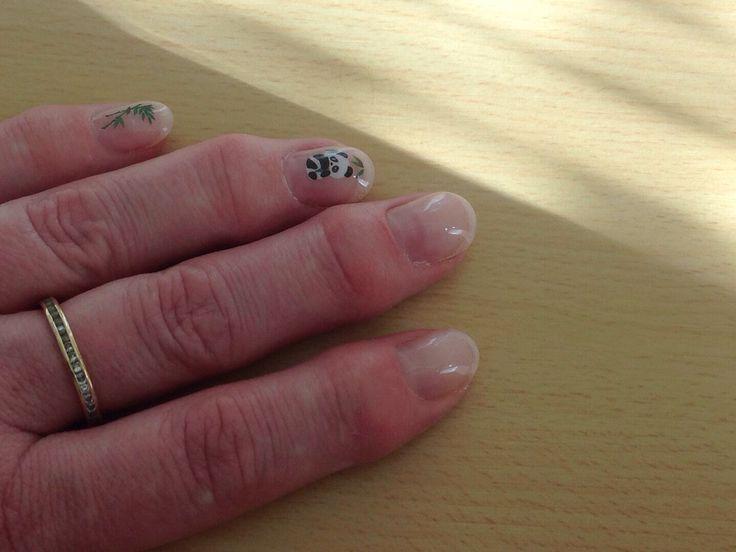 Eigen nagels weer even gedaan..