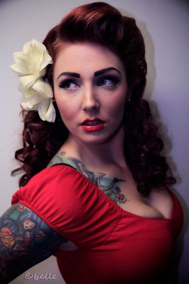 Admirable 1000 Ideas About Pin Up Hair On Pinterest Victory Rolls Short Hairstyles Gunalazisus