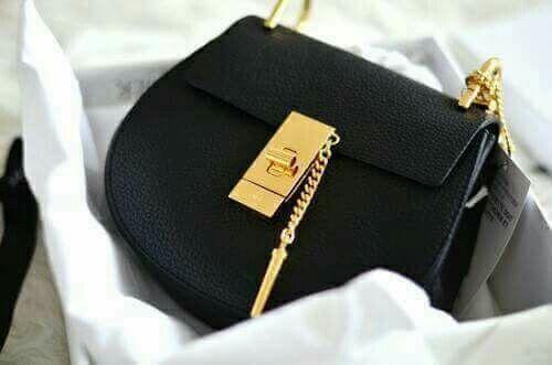 Black bag 😍😍