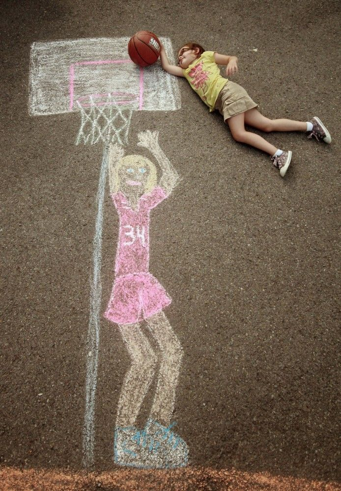 Creative Photos Of Kids As Part Of Chalk Art - basketball
