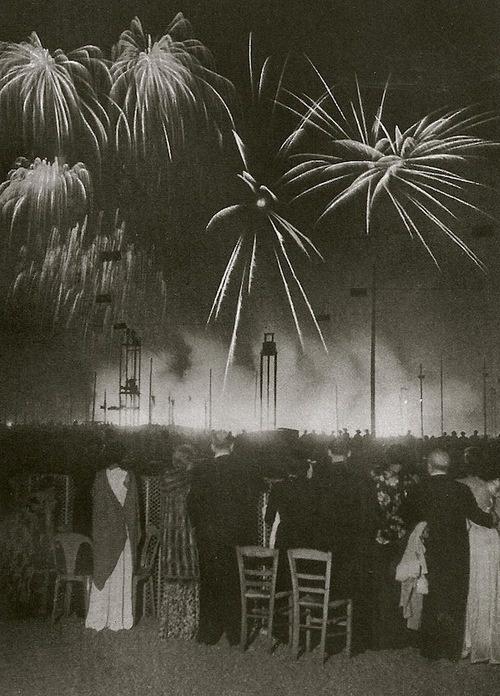Feux d'artifice/Nuit de Longchamps, Paris, 1936 (Brassai)  Happy Bastille Day!