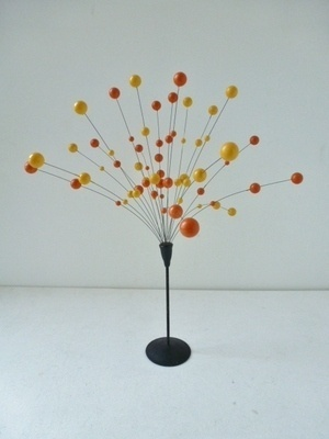 Retro 60s/70s atomic cosmic molecular table display. I had one of these, thought it was the bees knees. £55 on ebay now!