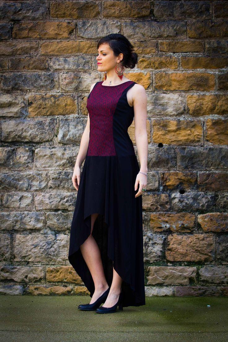 Robe pour femme Longue et Asymétrique, profond décolleté dans le dos, rouge / Bordeaux et noire : Robe par all-by-k