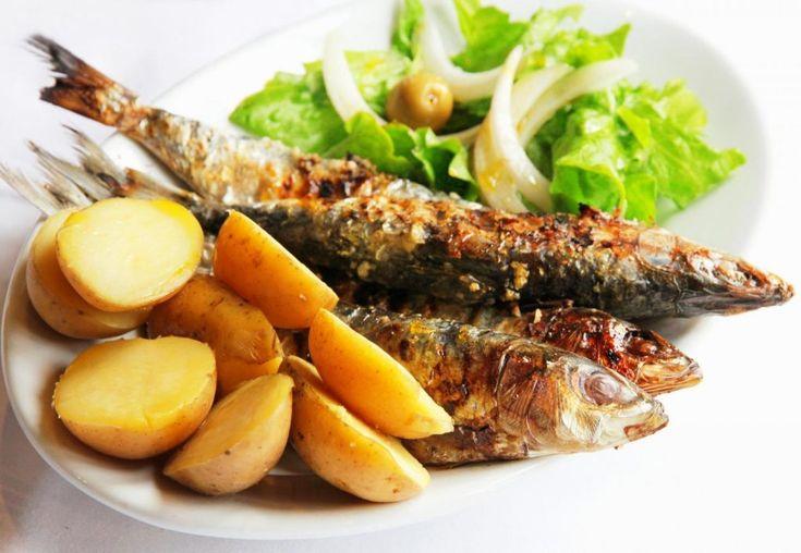 Sardinhas assadas - portuguese cuisine / Portugal food