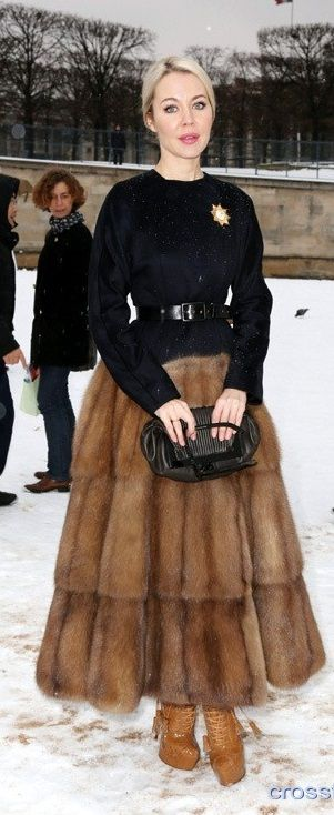 Wool Maxi Skirt | Ulyana Sergeenko | tags: hijab fashion, hijab outfit, hijab style, hijab inspiration