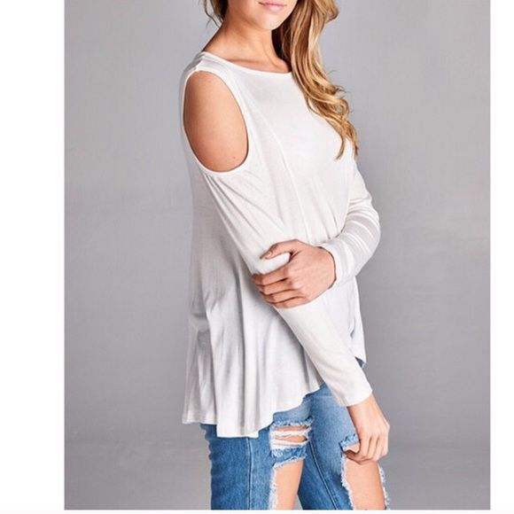 White shoulder cut out top! White top with shoulder cut out! April Spirit Tops Blouses