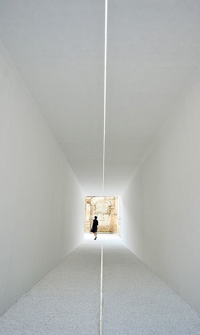 Luce Tempo Luogo. Installation by French office DGT Architects.