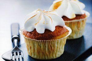 Rabarber cupcakes - Kage/dessert - Opskrifter - Mad og Bolig