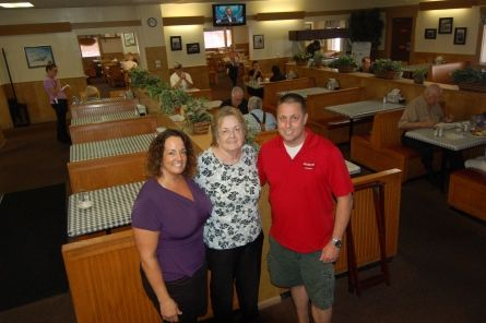 Joe & Eddies Restaurant - Fort Walton Beach, FL. The best place for breakfast!