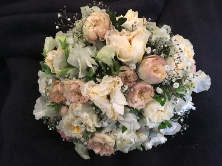 Latte tones, david austen roses , cluster roses, lisianthus and babies breath @weddingflowersetc
