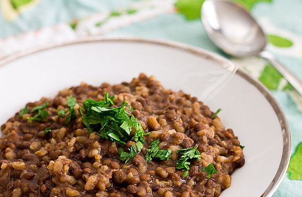 Lentils and Brown Rice - A Healthy and Comforting One Pot Dish // wishfulchef.com