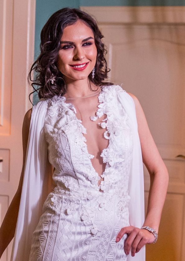 V-neckline with with dazzling flower details   Reve de Fleur 2018 bridal collection by Fashion by Laina