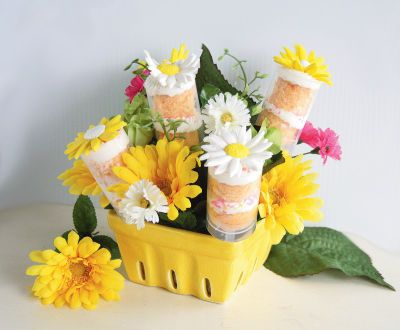 Mother's Day Treat Pop Cake Bouquet
