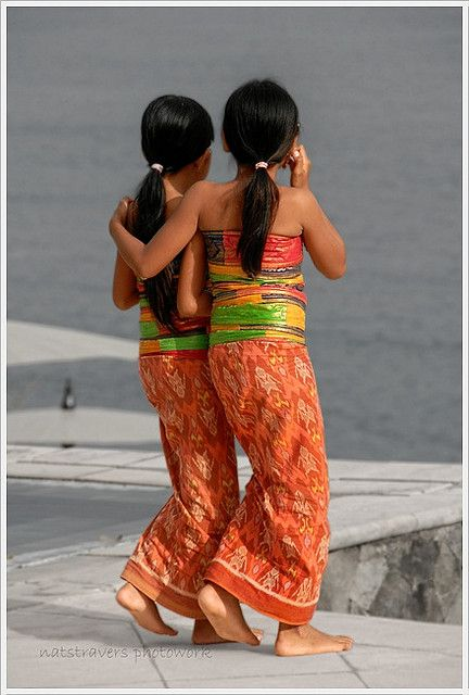 The colours of friendship, Bali