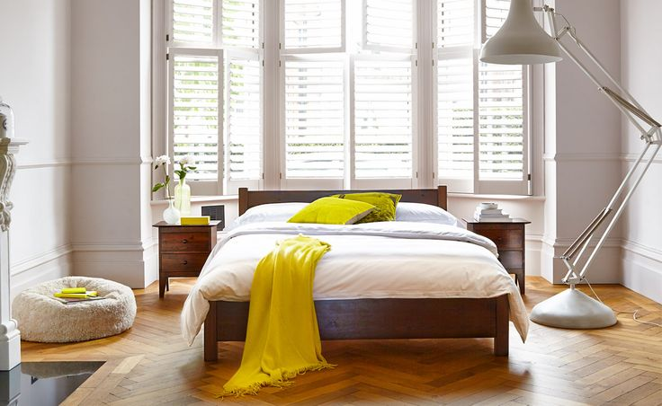 Warren Evans Shaker bed oak satin