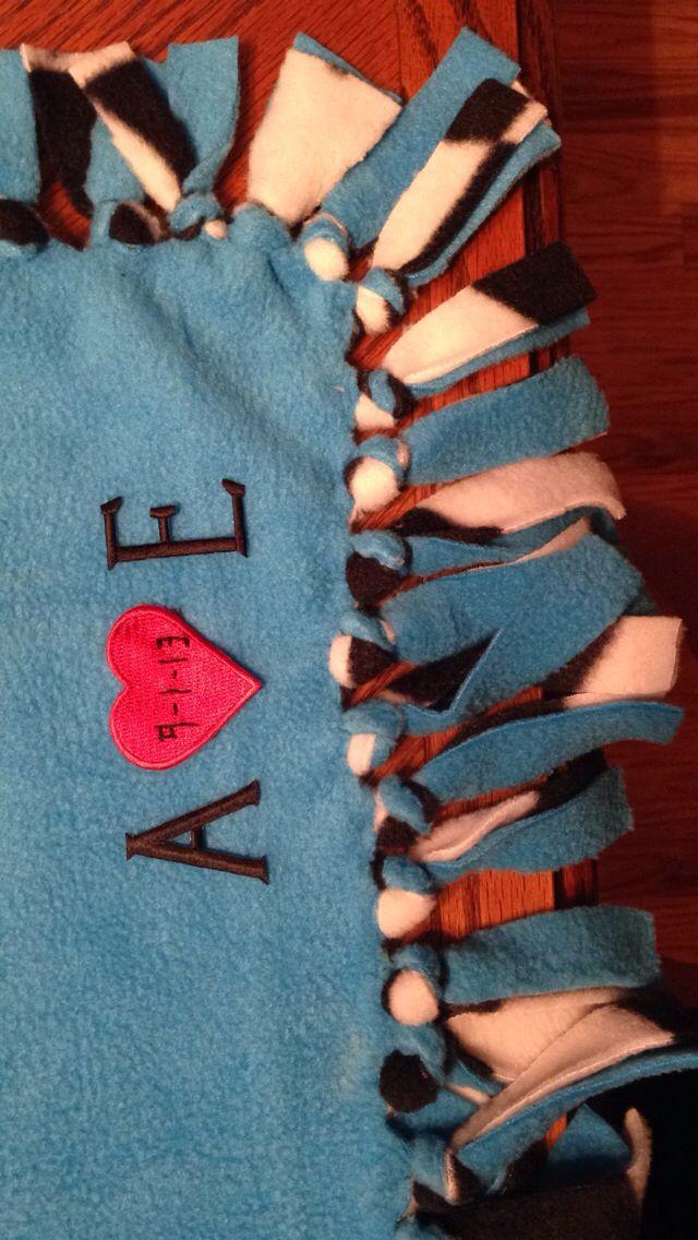 Tie blanket for boyfriend