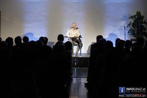 Bilder einer Lesung im Kunsthaus Weiz - 22. März 2014: KUKUK - Verein für Kunst, Kultur und Kitsch präsentiert den österreichischen Schriftsteller Thomas Glavinic im Kunsthaus Weiz. Thomas Glavinic, geboren in Graz, ist einer der bemerkenswertesten und radikalsten Schriftsteller unserer Zeit. #Bilder,#Lesung,#Kunsthaus #Weiz,#KUKUK,#Verein für #Kunst,#Kultur und #Kitsch,#österreichischer #Schriftsteller #Thomas #Glavinic