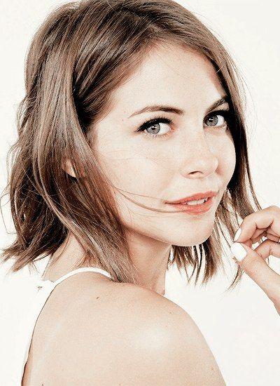 Willa Holland (Audine, fcs)