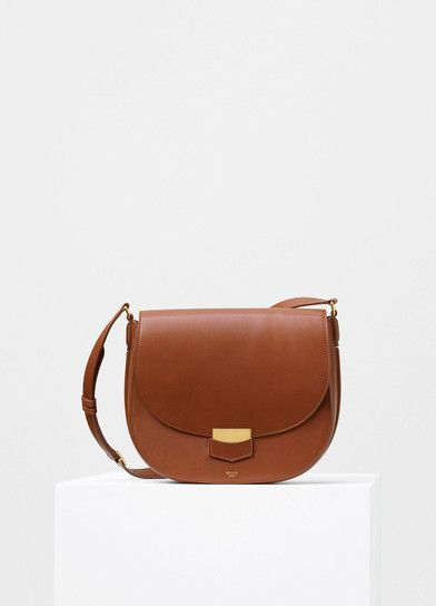 Medium Trotteur Shoulder Bag in Caramel Supersoft Calfskin - Céline