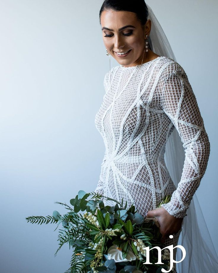 Steve  Katrina // Glam bride goals  #weddingdress @rachelgilbertau  #hair @diior10_salon  #makeup @beautycentralbykarla  #flowers @thegroundsfloralsbysilva  #weddingvideo @c2films