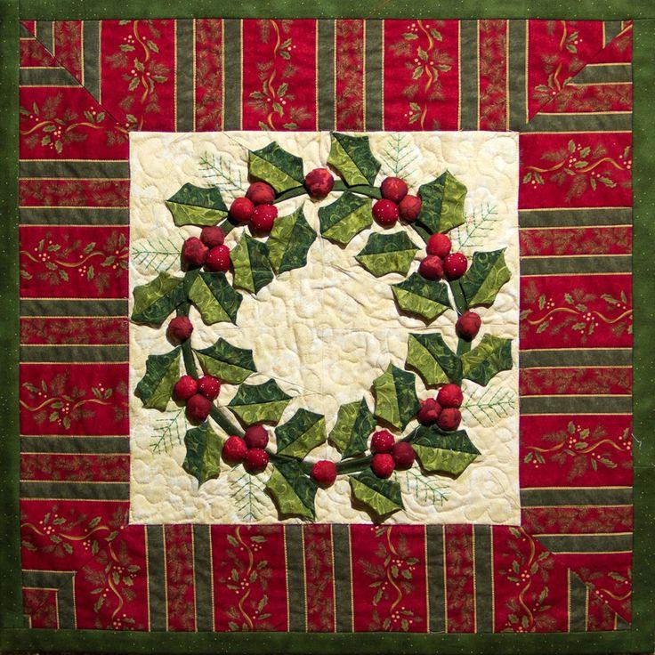 3-D wreath quilt...so pretty!