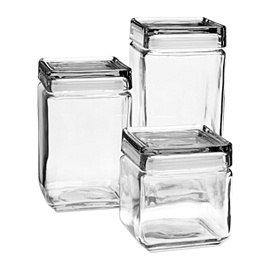 No space wasted with stackable square storage jars