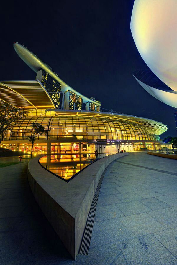 17 best images about details balconies on pinterest for Marina bay sands architecture concept