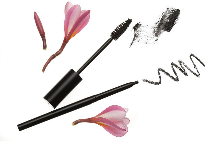 Make a bold statement with our Triple Volume Mascara and the NEW Easy Glide Eye Liner. http://bit.ly/1TlglaA