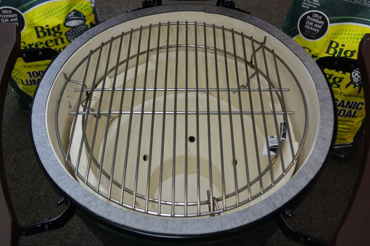 Big Green Egg Grate Raiser raises your cooking grate flush with the ceramic lid. Functions as a plate setter when used with a baking stone.