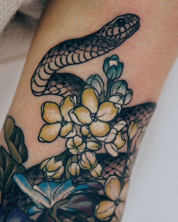 """7,311 Likes, 76 Comments - Jinpil Yuu (@yuuztattooer) on Instagram: """"Cover work. White lilac and Delphinium grandiflorum, a snake. Done at @the_ravens_ink with…"""""""