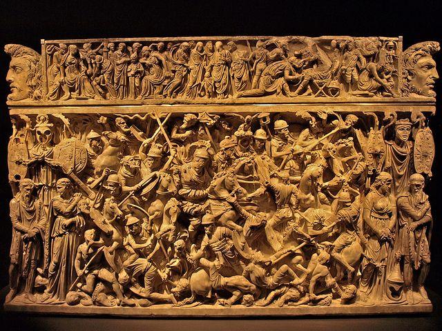 Baños Romanos De Bande:de Portonaccio Sarcófago con escena de batalla entre romanos