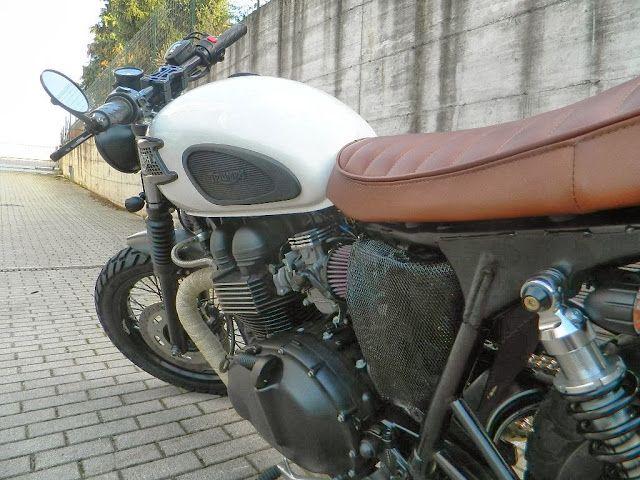 """Triumph """"Gilda"""" by Magnoni Moto"""