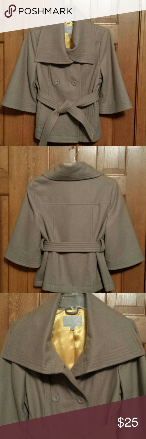 Chic Old Navy Camel Jacket sz Medium Excellent condition, wool, polyester and rayon. Great addition to any wardrobe. Old Navy Jackets & Coats