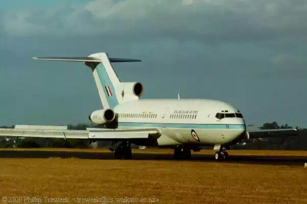 RNZAF B727 at RNZAF Base Whenuapai, April 1, 2000. Coming to a halt- slats and spoilers extended. The aircraft then surprised me by starting to back up using reverse thrust