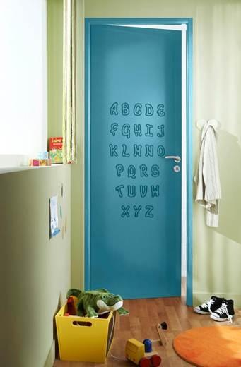 Rien de tel que d'apprendre en s'amusant: avec cette porte personnalisable, votre enfant n'aura plus d'excuses pour ne pas connaître son alphabet. Une solution ludique et innovante qui saura séduire les plus jeunes!