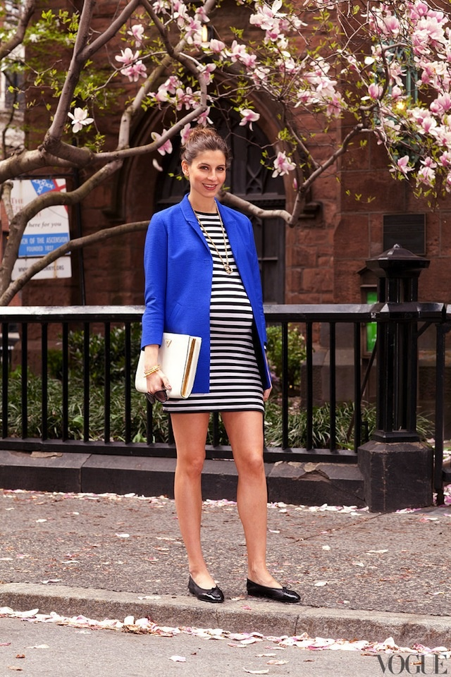 striped dress, bright blue blazer/sweater, gold medallion @Miranda Marrs Scott this would look super cute on you :)