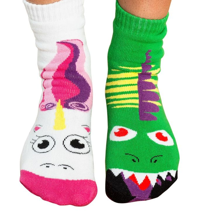vs.socks are the only socks that come as your favorite rivalrypairs! Battle out classic duos, while keeping your feet cozy and happy. These soft, fun socks are as comfortable as they are cute! Perfect foryear round use as well as …