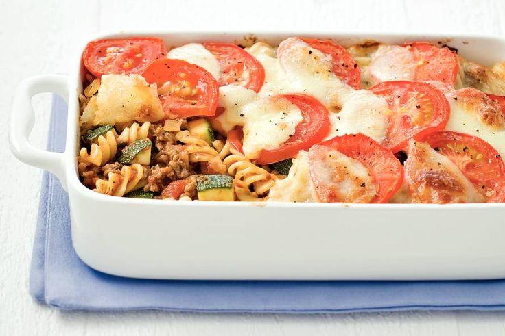Ovenpasta met gehakt en courgette - Recept - Allerhande